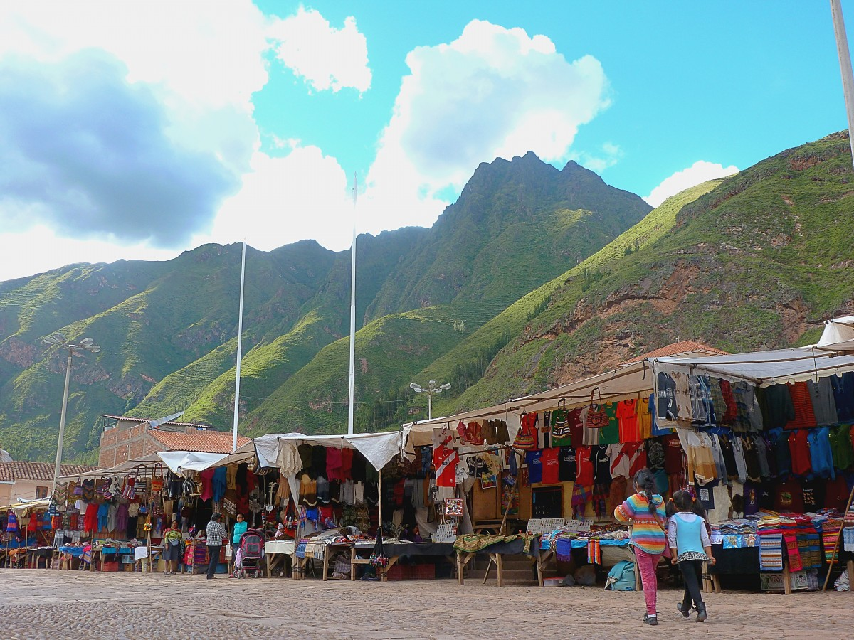 A tourism market in the tourist town of Pisac, Peru.
